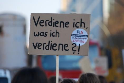Die Pychologen wollen in der Ausbildung besser bezahlt werden. Foto: Lily Martin