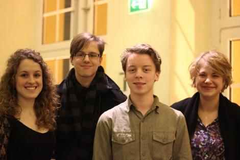 Die Autoren des Stückes: FU-Studentin Katharina Fiedler (v.l.), Tobias Klee, Ernest Thiesmeier und Ronja Lindemann, die ebenfalls an der FU studiert. Foto: Jule Rothe