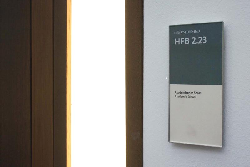 Vier Stunden lang beschäftigte sich der Akademische Senat mit den Kandidaturen von Alt und Schäfer-Korting. Foto: Julian Daum