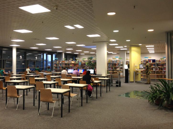 Ausreichend freie Plätze für Arbeitswütige. Foto: Tanja Kunesch