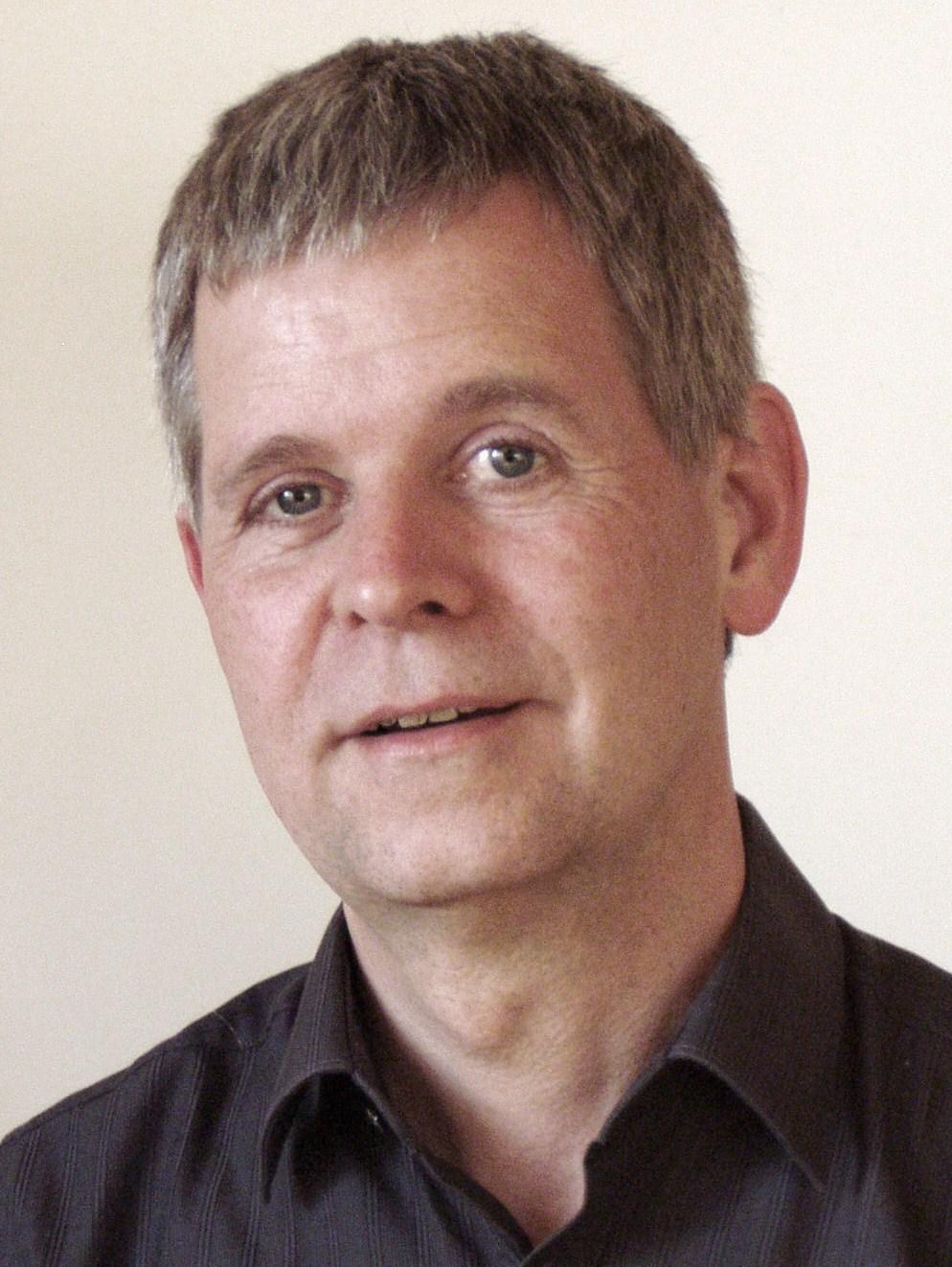 Stefan Mix studierte von 1977 bis 1984 Psychologie
