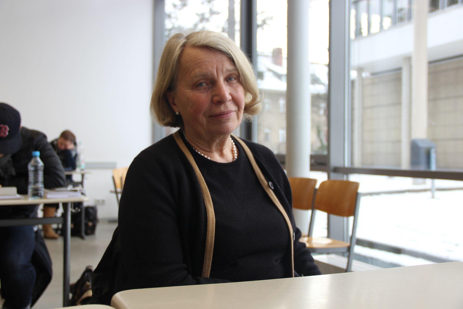 Anne Hala (66)