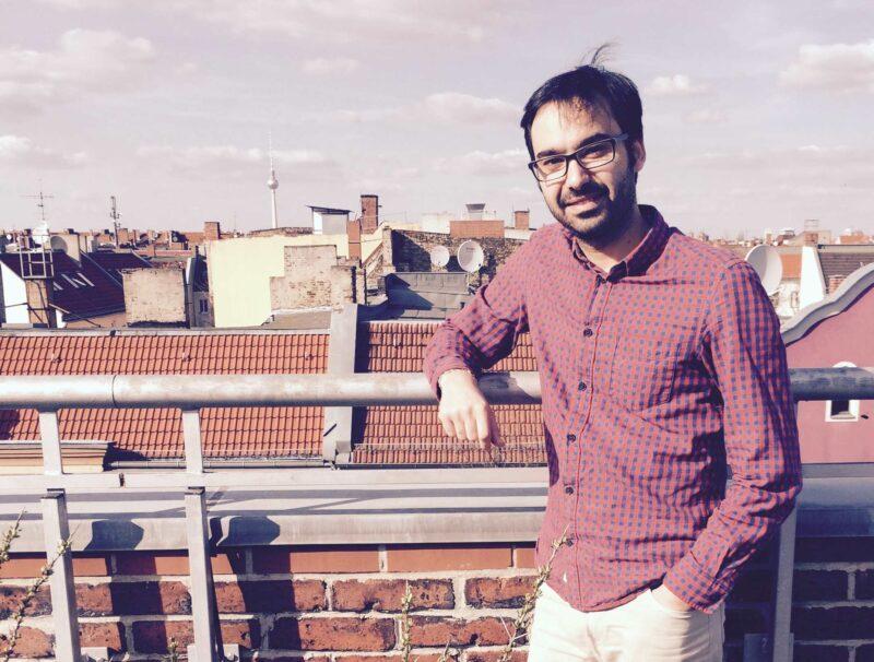Über den Dächern seiner neuen Heimat: Hamdi Kassar. Foto: Felix Lorber