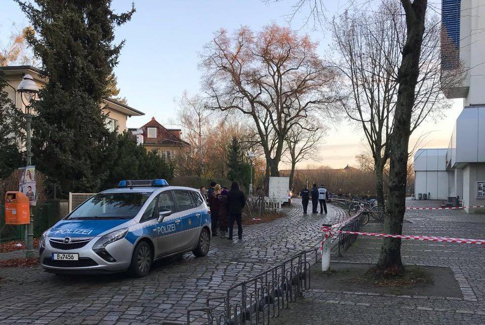Polizeieinsatz und Sperrung an der Silberlaube. (Foto: Dominik Grubecki)